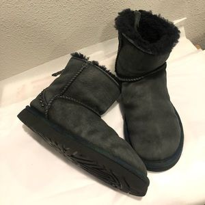 Womens UGG ankle boots size 7